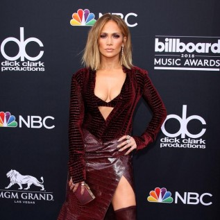 Jennifer Lopez: My fans want me to have a fairy tale wedding