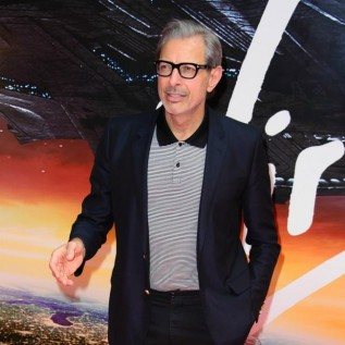 Jeff Goldblum searches for his own 'sexy' memes