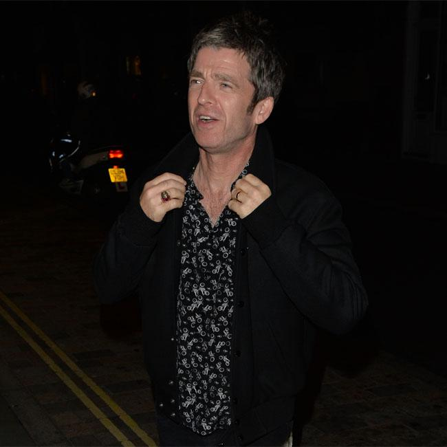 Noel Gallagher expected solo struggle