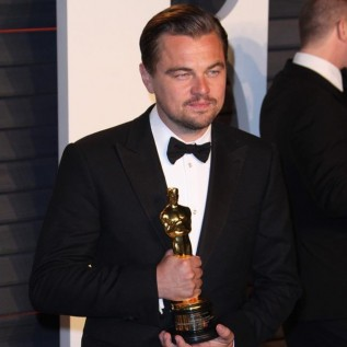 Leonardo DiCaprio ordered to return Oscar statue