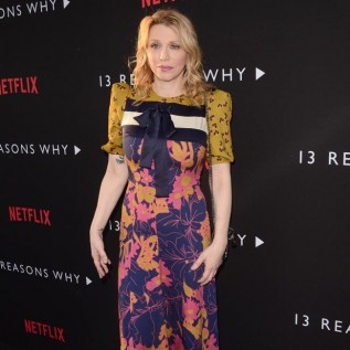 Courtney Love obtains restraining order against ex-manager