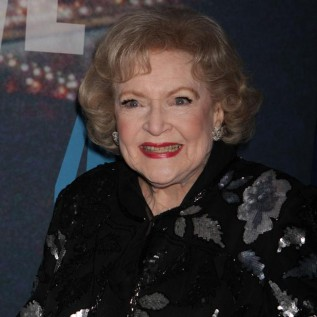 Betty White wants Robert Redford to call her