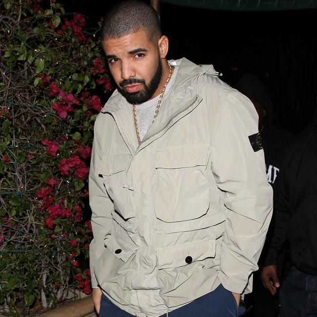 Drake gifts $10k to McDonald's workers