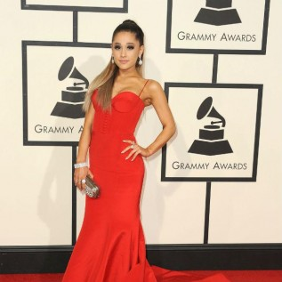 Ariana Grande hints at Valentine's Day release date for album