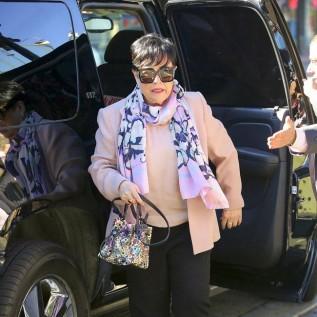 Kathy Bates shed 60lbs through 'mindfulness'