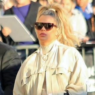 Khloe Kardashian breaks beauty rules