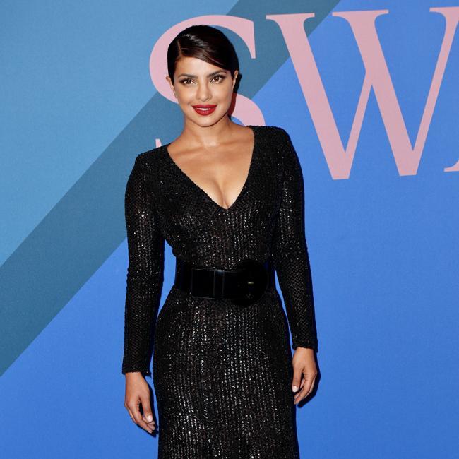Priyanka Chopra wants double date with Miley Cyrus