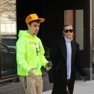 Justin Bieber makes stage return with Ariana Grande at Coachella