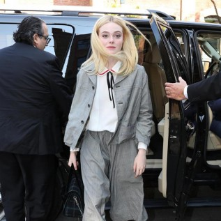 Elle Fanning wants to be a pop star