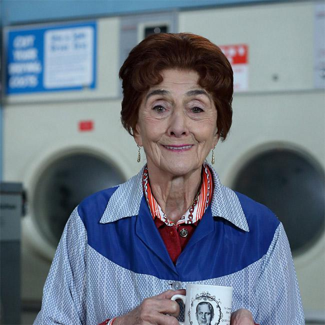 June Brown struggles with EastEnders scripts