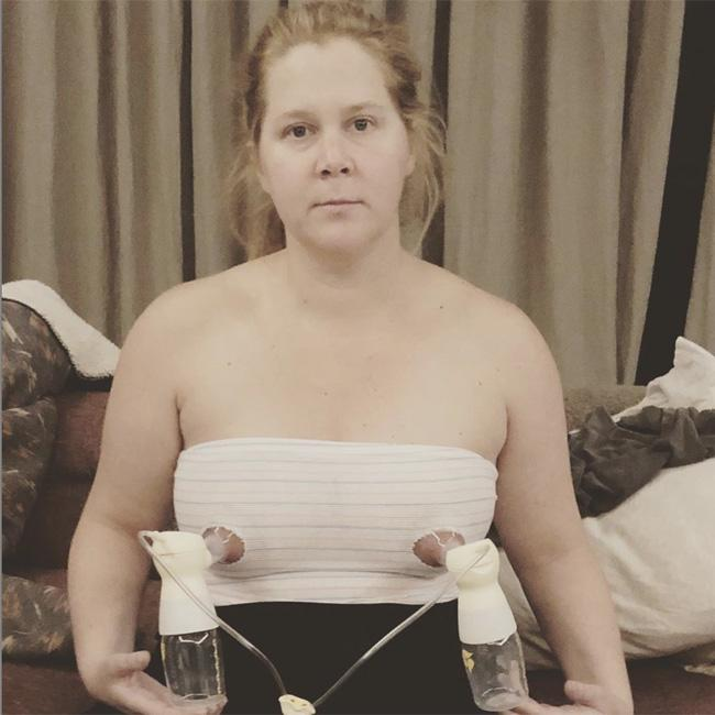 Amy Schumer shares breast pumping snap