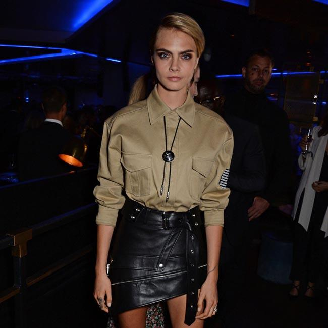 Cara Delevingne thinks applying lipstick is seductive