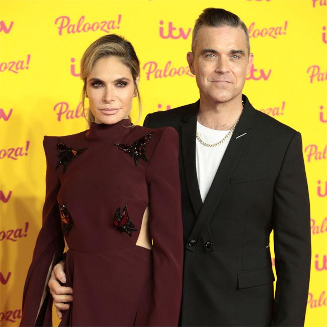 Robbie Williams praises surrogate
