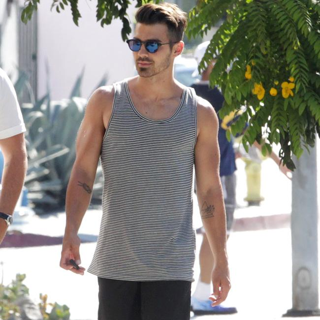 Joe Jonas accepts Taylor Swift's apology for blasting him post-split
