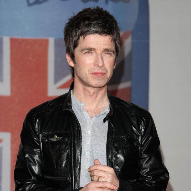 Noel Gallagher brands Scooter Braun and Taylor Swift 'idiots'