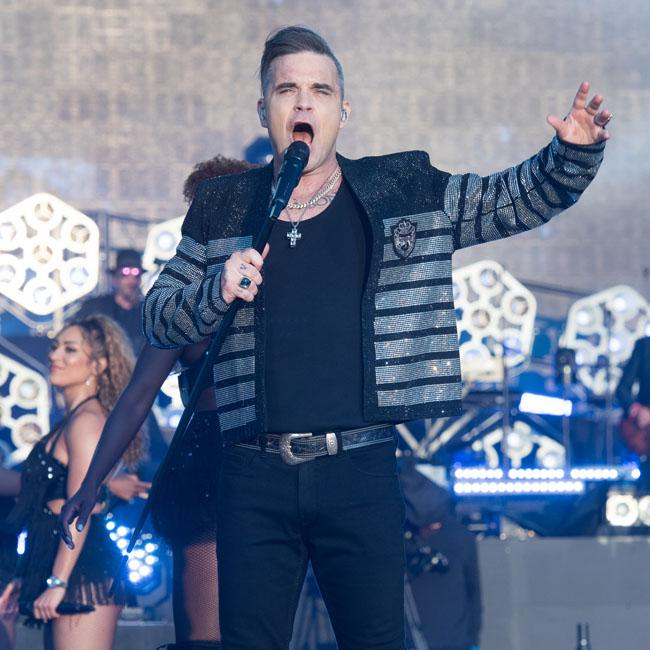 Robbie Williams' daughter wants his room