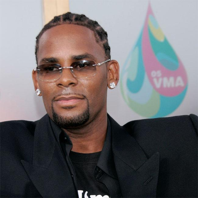R. Kelly pleads not guilty to sex trafficking charges