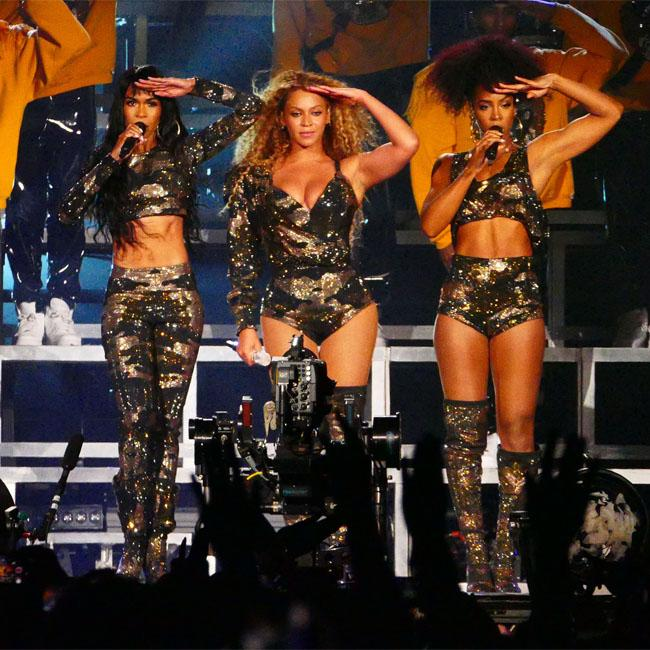 Kelly Rowland denies Destiny's Child world tour rumours