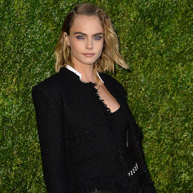 Cara Delevingne feels 'man and woman'