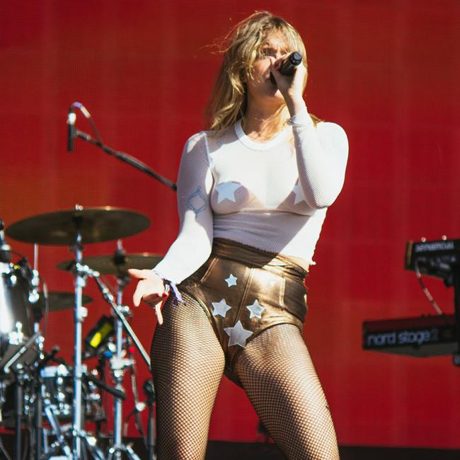 Tove Lo 'didn't feel at home being an artist'