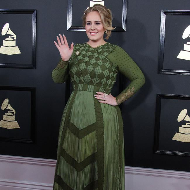 Adele files for divorce from Simon Konecki