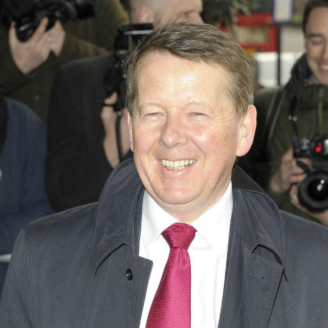 Bill Turnbull turns to cannabis to ease cancer battle