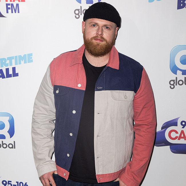 Tom Walker calls Liam and Noel Gallagher 'pathetic' for not reuniting at One Love Manchester