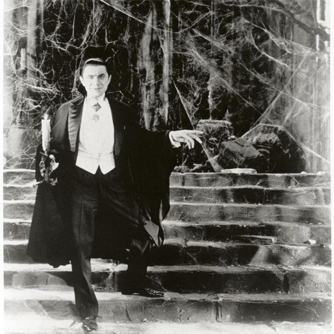 Bela Lugosi's Dracula cape to be displayed at museum