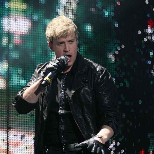 Westlife want Adele duet