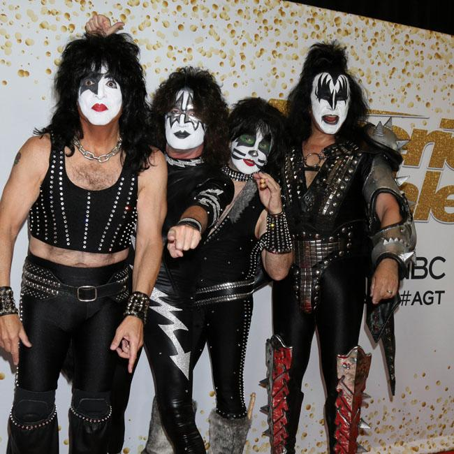 KISS played shark show but none turned up