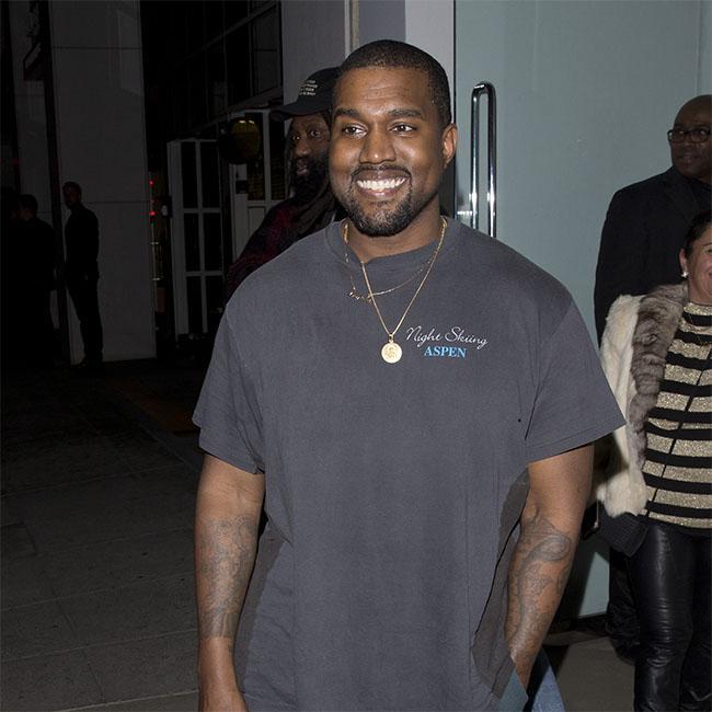 Kanye West praises family for keeping him motivated