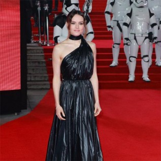 Daisy Ridley asks friends not to post pictures of her on social media