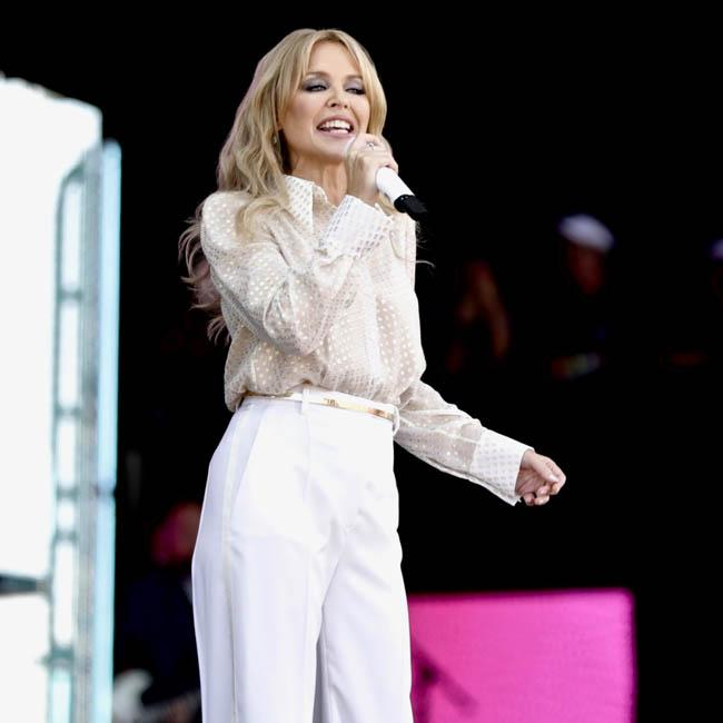 Kylie Minogue to start work on new album early next year