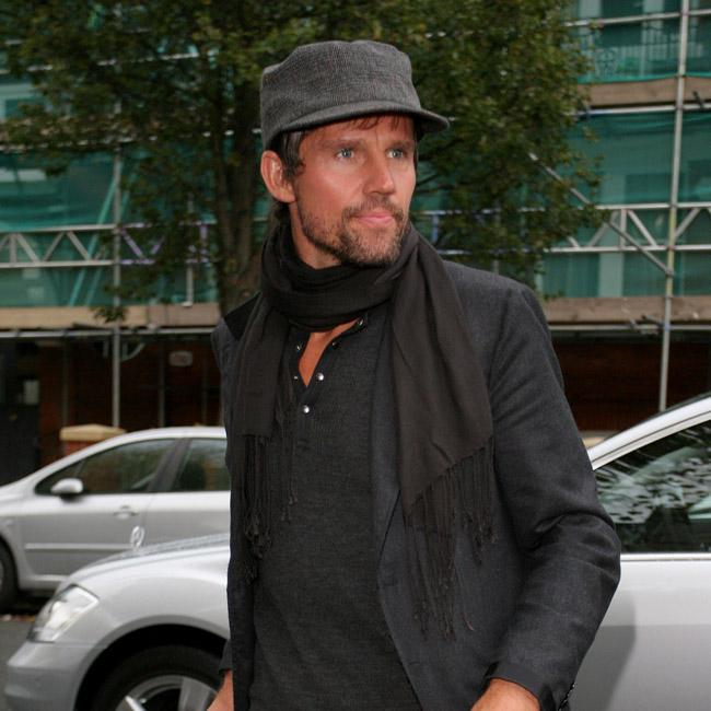 Jason Orange house hunting in the Cotswolds