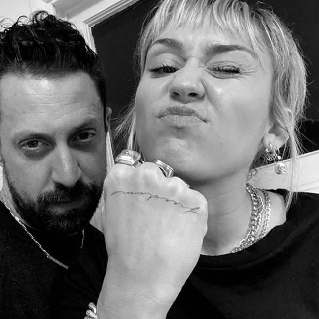 Miley Cyrus gets freedom tattoo