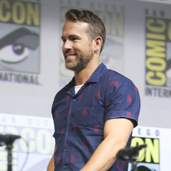 Ryan Reynolds calls Hugh Jackman a 'fraud'