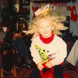 Taylor Swift drops festive single Christmas Tree Farm