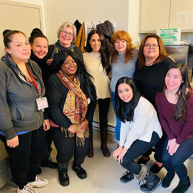 Duchess Meghan makes surprise visit to women's centre