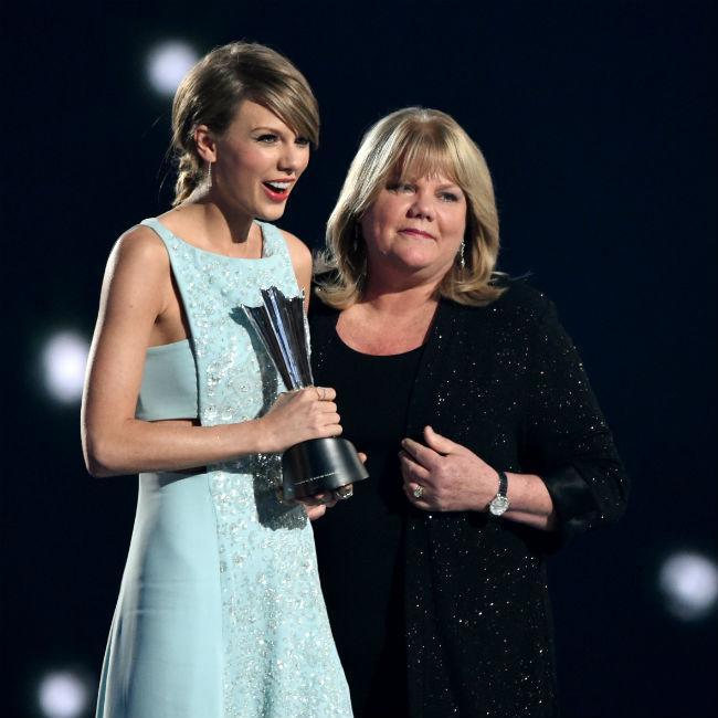Taylor Swift's mother has brain tumour