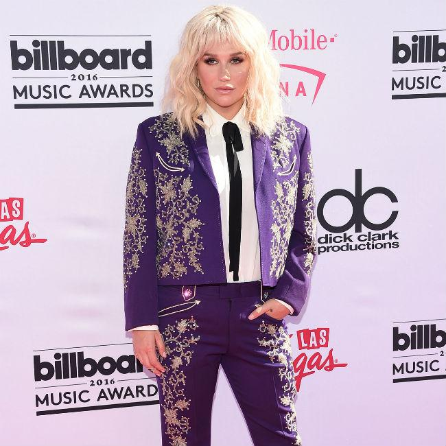 Kesha wants to sing National Anthem at Super Bowl