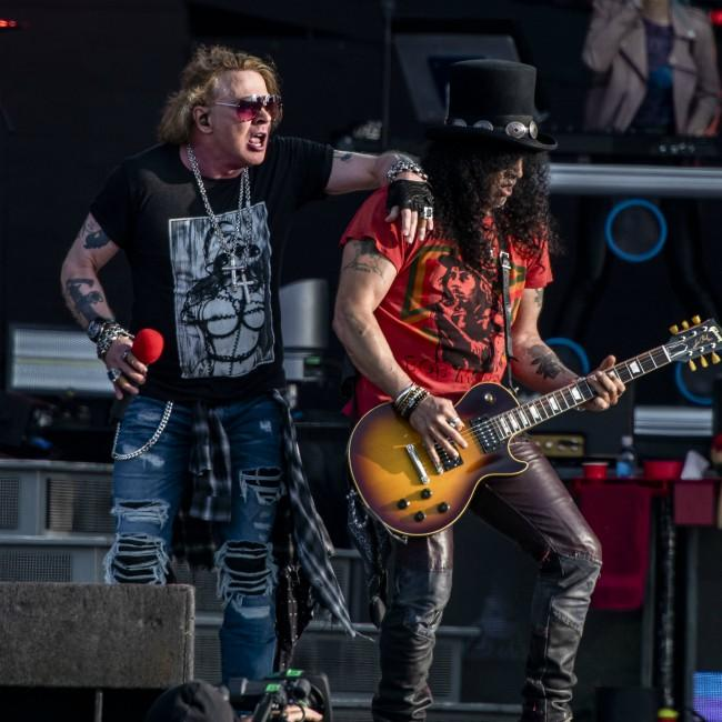 Richard Fortus hopes Guns N' Roses will drop new music in 2020