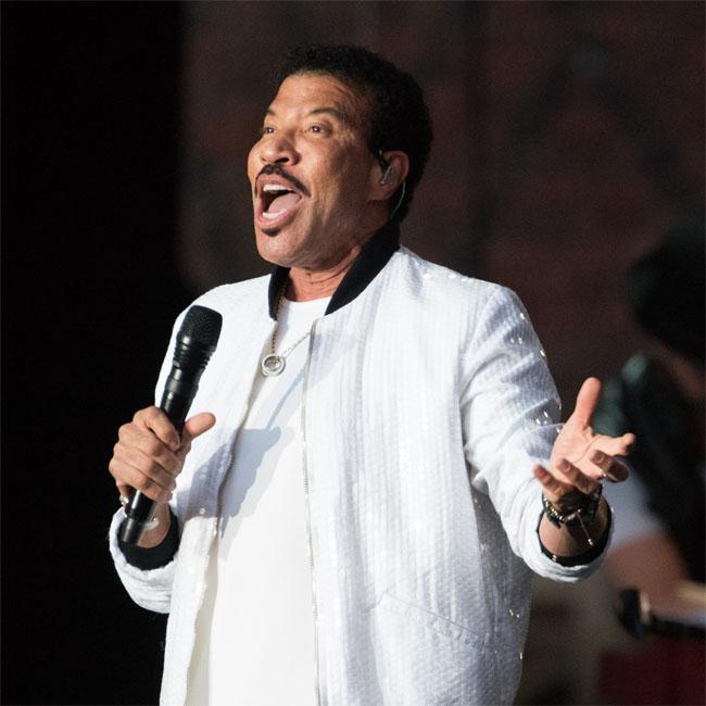 Lionel Richie wishes 'failure' for Sofia