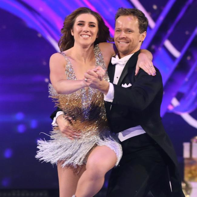 Dancing On Ice's Mark Hanretty 'forgets' Libby Clegg is blind