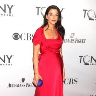 Annabella Sciorra's testimony against Harvey Weinstein 'painful but necessary'