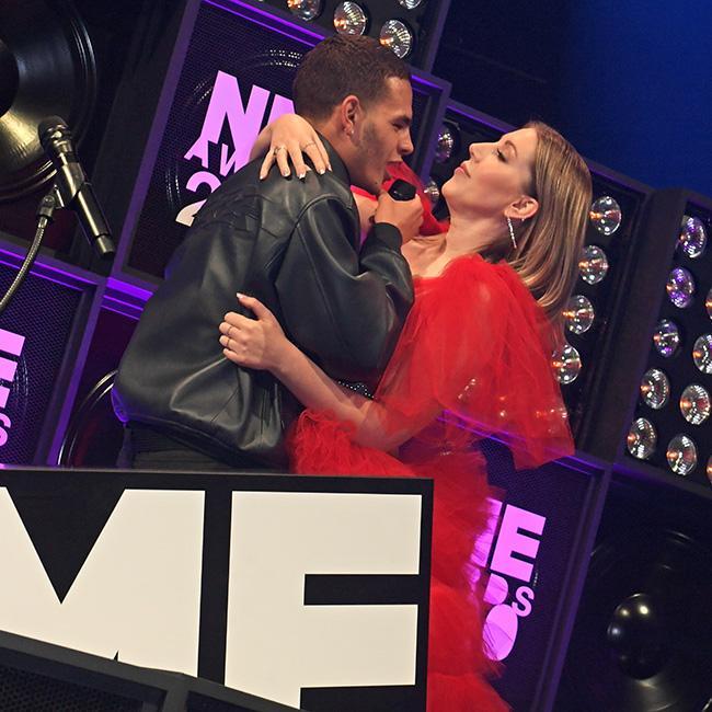 Slowthai apologises to Katherine Ryan for NME Awards behaviour