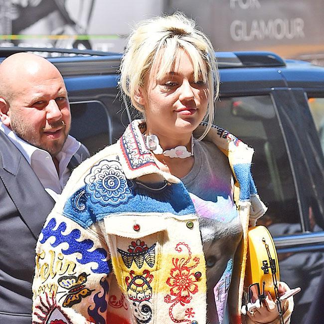 Miley Cyrus: Coronavirus is having a positive impact on the environment