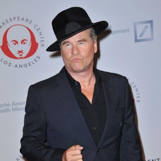 Val Kilmer's split from Daryl Hannah was 'painful'